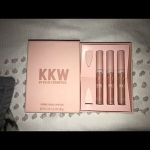 KKW LIQUID LIPSTICKS - Kim Kardashian West Beauty